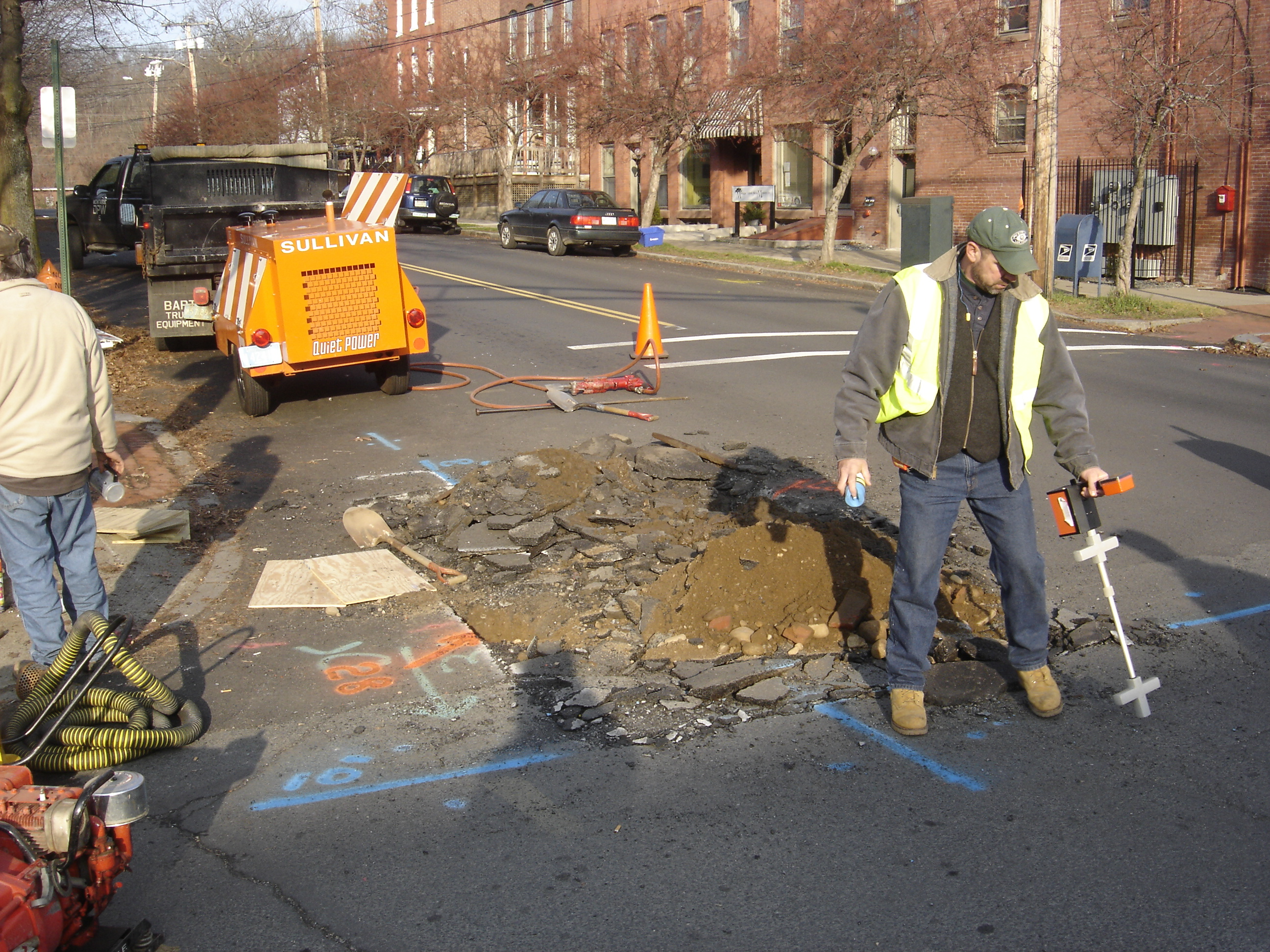 Water Main Break on Avenue A in Turners Falls, December 21, 2006. Photos by Mik Muller